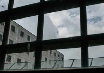 """La casa di reclusione """"Rodolfo Morandi"""" di Saluzzo è una delle 13 carceri presenti in Piemonte. È stata inaugurata nel luglio del 1992 e presenta 7 sezioni, 2 di alta sicurezza e 5 di media sicurezza. Il 10 dicembre del 2016 sono state aperte due delle quattro nuove sezioni per l'adeguamento alle nuove regole di residenza detentiva, che porteranno all'inserimento di 196 detenuti."""