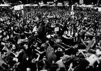 """In molti pensano che senza il movimento 15M non sarebbe esistito il partito """"Podemos"""". I risultati sociali sono molto lenti, non bisogna confondere la velocità della rete e l'immediatezza dell'informazione con i tempi del cambiamento sociopolitico. I risultati di ciò si vedranno con la prossima generazione."""